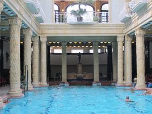 Lap pool at Gellért