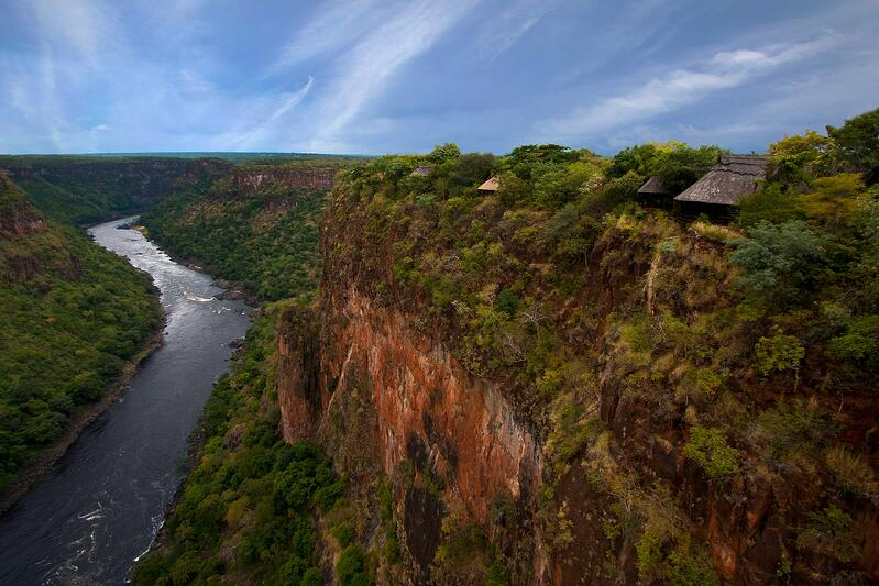 2_-_Gorges_Lodge_is_built_on_the_edge_of_the_Batoka_Gorge