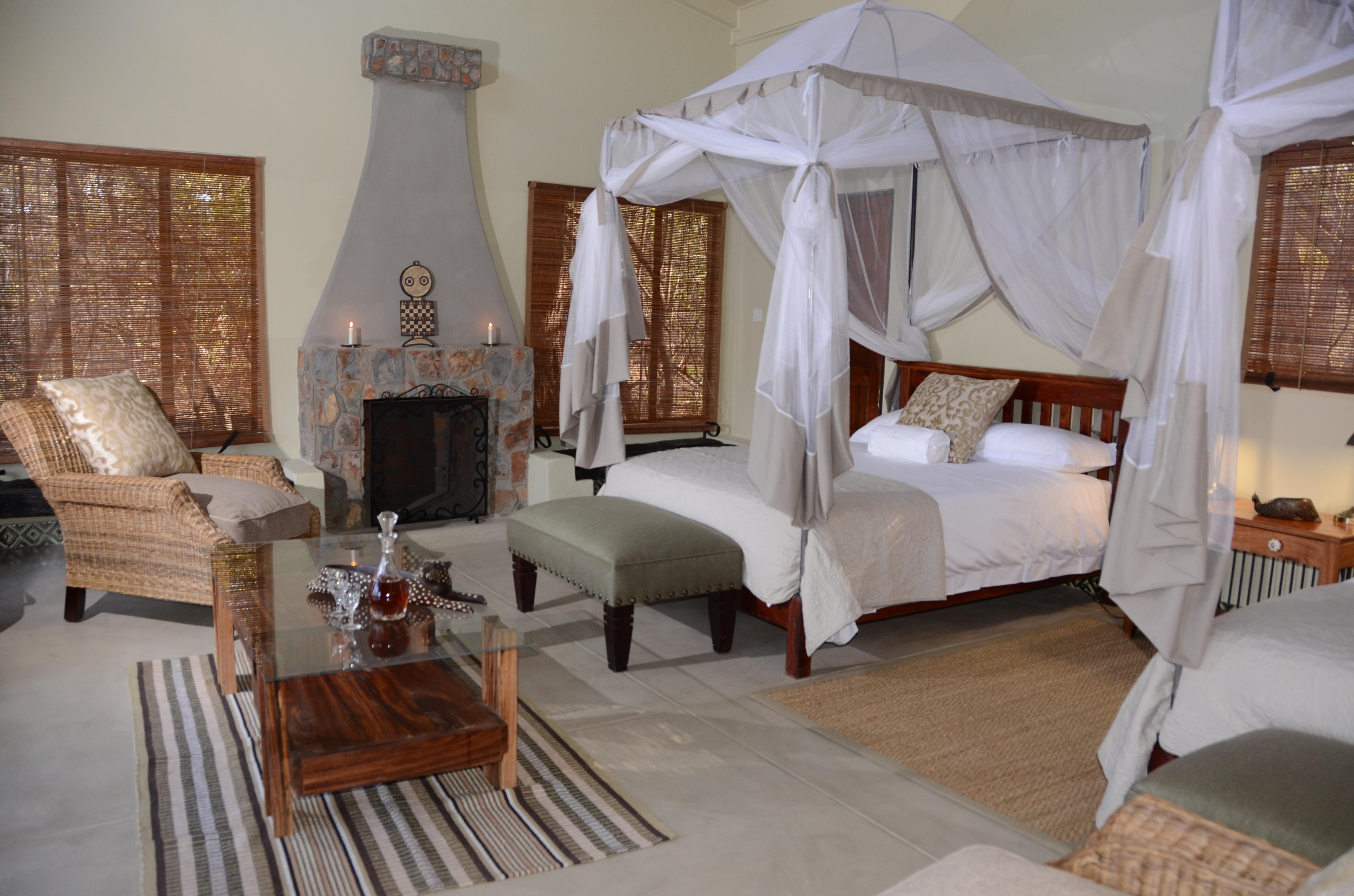 5-Camelthorn_-_Forest_Villa_twin_room_configuration.jpg
