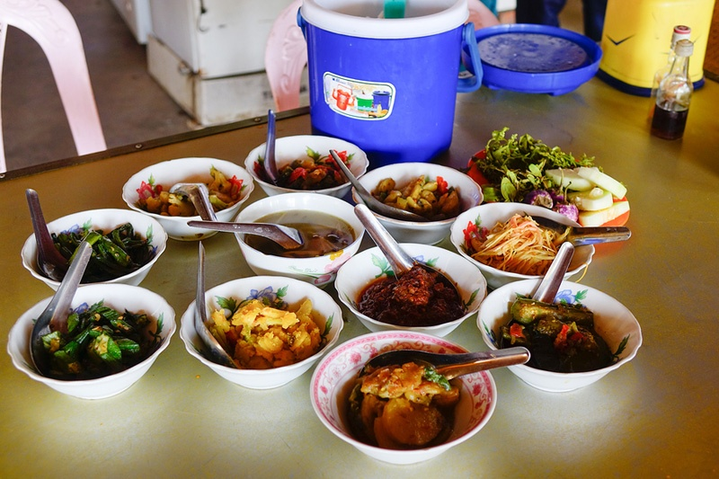 Myanmar-travel-tours-food