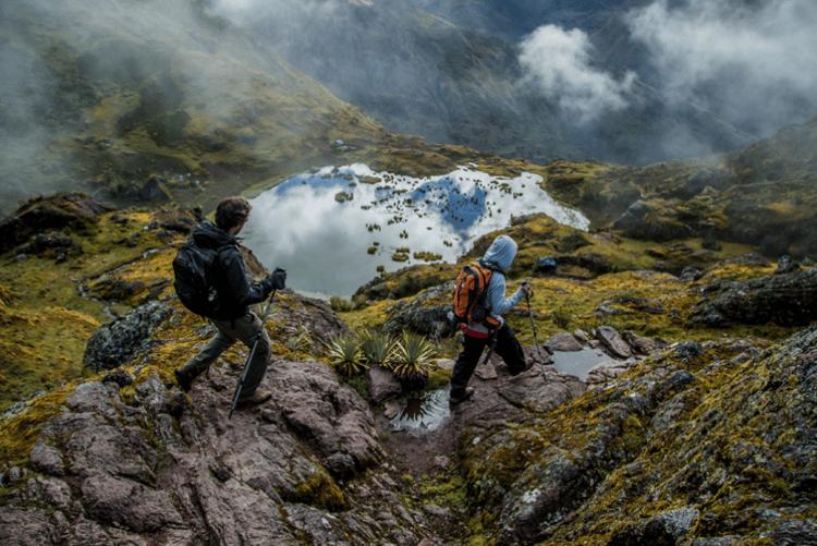 lares-landscape-trekking-people-16415.png