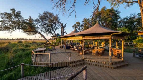 little-vumbura-camp-38731