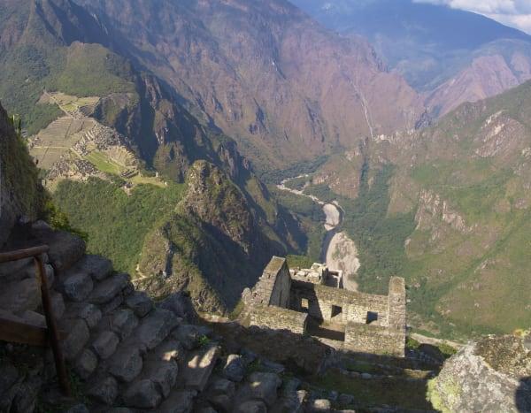 machu-picchu-landscape-aerial-view-huayna-picchu-15573