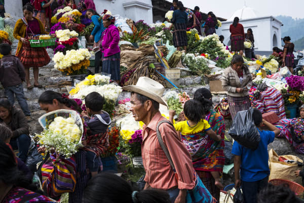 people-chichicastenango-market-22413