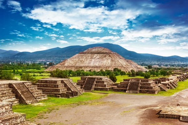 ruins-teotihuacan-landscape-16049