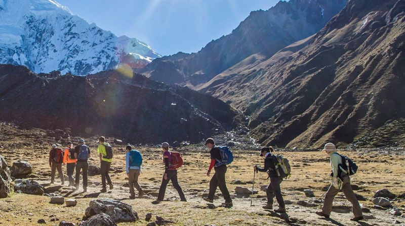 salkantay-trekking-people-landscape-16410.jpg