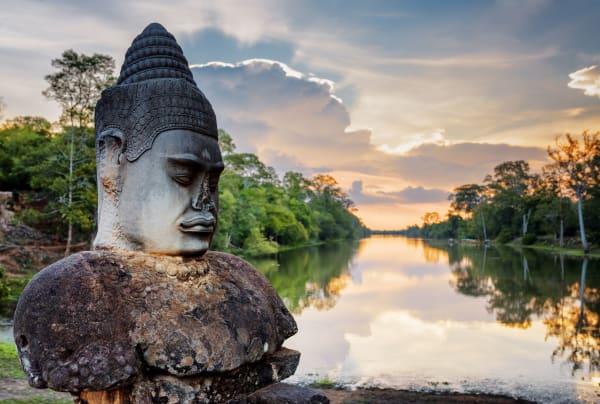 temple-angkor-thom-sunset-landscape-14959